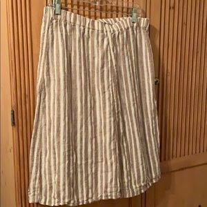 Brown and white linen skirt